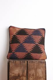 Pier One Decorative Pillows by 51 Best Pillows Images On Pinterest Accent Pillows Cushions And