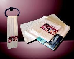 serviette de bain personnalisée offrir un cadeau original et unique