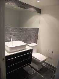 Half Bathroom Decorating Ideas by Best 25 Half Bathroom Decor Ideas On Pinterest Half Bath Decor