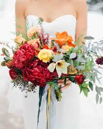 34 Romantic Red Wedding Bouquets