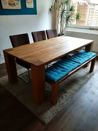 schöner massivholz esstisch inkl bank und stühle zu verkaufen