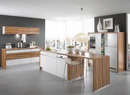 cuisine bois et cuisine bois et blanc laque contemporaine en plaqu laqu e high