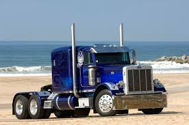 Blog About Big Rigs By The Insurance Diva: Commercial Truck ...