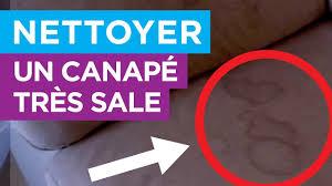 avec quoi nettoyer un canapé en tissu comment nettoyer un canapé très sale traitement nanoprotection