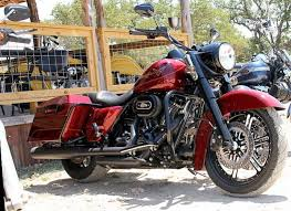 2010 2012 touring vance and hines black dresser duals with black
