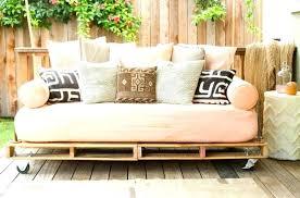 grand coussin canapé gros coussin de canape gros coussin pour faire un canape grand