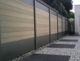 mur de separation exterieur ideal une palissade sur mesure au design contemporain bois