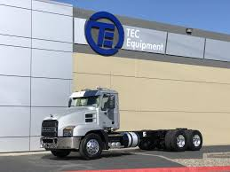 100 Rush Truck Center Tampa Dustin McEachern Used Sales Manager