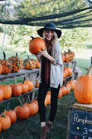 Pumpkin Patch Nw Arkansas by Pumpkin Patch Photo Shoot Fall Pictures Happy Couples Www