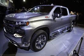 Redesigned Chevy Silverado Pickup Loses Weight, Gains Size ...