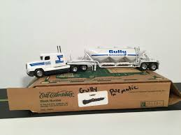 Ertl 1 64 Lot Of 7 Misc Freight Trailers Semi For Parts Tractor Ertl ... Custom Classic Blue Big Rig With Crome Parts And Tall Exhaust Pi 2 Easy Ways To Draw A Truck With Pictures Wikihow Heavy Towing Sales Service And Repair Roadside Assistance Bumpers Cluding Freightliner Volvo Peterbilt Kenworth Kw A Semi Diesel Engine That Makes 500 Hp 1850 Lbft Of Torque Ertl 1 64 Lot Of 7 Misc Freight Trailers For Tractor 2001 Columbia Semi Truck Item I6195 Sold S 3d Puzzles Trucks Atlantic Canadas Trailer Distributer 2006 Dc5728 Replacement Suspension Stengel Bros Inc Diagram 240 Ordrive Wiring Diy