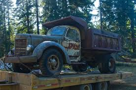 Semi Trucks: International Harvester Semi Trucks