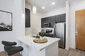 100 Studio House Apartments Camden Plaza