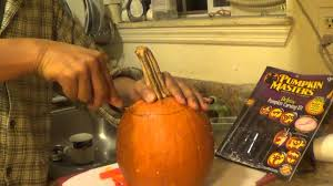 Pumpkin Masters Carving Kit by Carve A Pumpkin With Pumpkin Master Kit Youtube