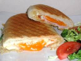 3 recettes cuisine recette panini jambon tomate aux 3 fromages cuisinez panini jambon