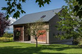 100 Barn Conversions To Homes Carriage Barn Converted Into Breathtaking Guesthouse In Vermont