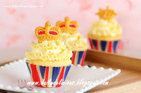 King And Queen Cupcakes