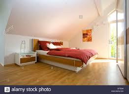 modernes schlafzimmer modern bedroom stock photo alamy