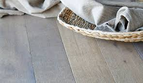 B And Q Carpet Underlay by Laminate U0026 Wood Flooring Buying Guide Help U0026 Ideas Diy At B U0026q