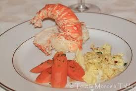cuisiner homard congelé langouste au court bouillon tout le monde à table