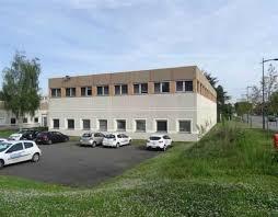 bureau de poste ris orangis bureaux vente ris orangis offre 87610 cbre