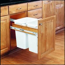 Under Cabinet Trash Can With Lid by Rev A Shelf 4wctm 18dm2 Build Com
