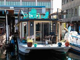 100 Lake Union Houseboat For Sale Ginger On Cascade