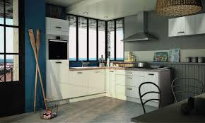 plan de travail cuisine blanc cuisine blanche mur bleu canard