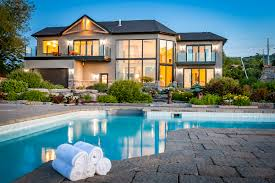 104 Water Front House Luxury Front Living In Canada Christie S International Real Estate
