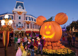Halloween Theme Park Texas by Things You Might Not Know About Halloween Time At The Disneyland