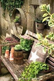 Rustic Garden Ideas Decor Gardens And Yards Art Nz