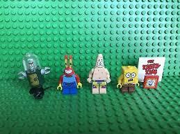 spielzeug lego new spongebob minifigure with big grin and