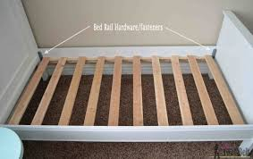 Free Woodworking Plans For Twin Bed by Twin Bed With Faux Raised Panel Her Tool Belt