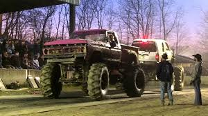 PINK MONSTER TRUCK PULL - YouTube