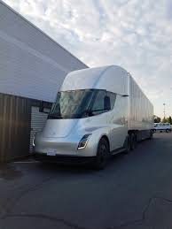 100 Weight Of A Semi Truck 2020 Tesla Release Date Butterscolorado