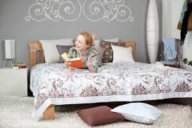 chambre à décorer décorer la chambre à coucher décoration d un nid douillet envie