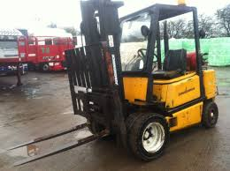 Secondhand Lorries And Vans | Forklift Trucks | Jungheinrich Gas ... Vestil Fork Truck Levelfrklvl The Home Depot Powered Industrial Forklift Heavy Machine Or Fd25t Tcm Model With Isuzu Engine C240 Buy 25ton Hire And Sales In Essex Suffolk Allways Forktruck Services Ltd Forktruck Hire Forklift Sales Bendi Flexi Arculating From Andover Weight Indicator Control Lift Nissan Mm Trucks Idle Limiter Vswp60 Brush Sweeper Mount By Toolfetch Used 22500 Lb Caterpillar Gasoline Towmotor