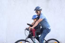 siege bébé velo avis sur les porte bébé vélo avant mamans