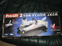 pro lift 2 ton floor jack espotted