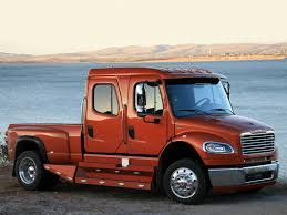 Freightliner Business Class M2 & SD Recalls | BigRigVin