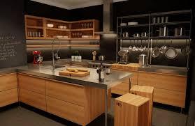 cuisine bois design cuisine bois design modele amenagement cuisine meubles rangement