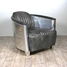 canapé chesterfield cuir gris canapé chesterfield et 2 fauteuils aviateur en cuir gris vintage