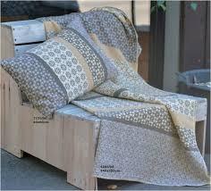 plaids canapé plaid jeté de canapé déco linge de maison plaids couvertures