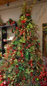 Whoville Christmas Tree Ornaments by 38 Best Themed Christmas Trees Images On Pinterest Themed