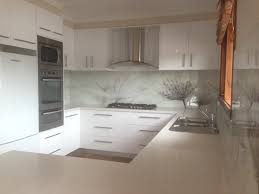 Plain Metallic Mirror Printed Glass Splashbacks