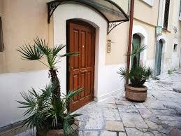 comment s駱arer une chambre en deux guesthouse la corte borgo antico bari italy booking com