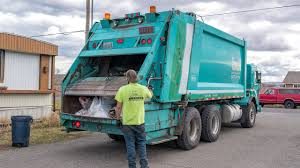 100 Garbage Truck Video Youtube Peterbilt 320 Heil DuraPack 5000 Rear Load YouTube