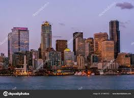 100 Beautiful Seattle Pictures Skyline Cityscape Elliott Bay Puget Sound Dusk