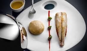 cuisine queue de lotte queue de lotte rôtie au thym picture of l or bleu restaurant
