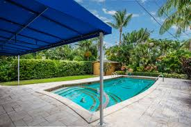 100 Weekend Homes Open House DELIGHTFUL POOL HOME Miami Beach Real Estate